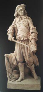 Каким бы был памятник монарху работы Фальконе во Франции и фиаско Бернини