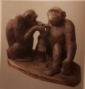 Шимпанзе. Дерево тонированное. 1930-ые