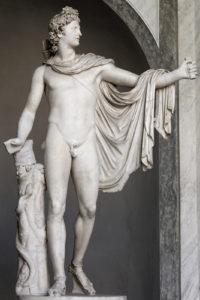 Леохар. Аполлон Бельведерский. Вторая половина 4 в. до н.э. Римская копия. Мрамор. Бельведерский дворец (дворик) в Ватикане. Высота 2,24 метра