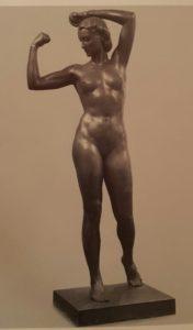 М.Г.Манизер. Физкультурница. 1947. Размер – примерно 2 метра. Бронза. Государственная Третьяковская галерея