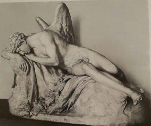 Гудон. Морфей (бог сна). Гипс. 1769. Гота. Шлоссмузей. Небольшой мраморный вариант есть и в Лувре – датирован 1777