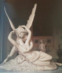 Фото. Канова. Поцелуй Амура и Психеи», Мрамор. 1796. Эрмитаж