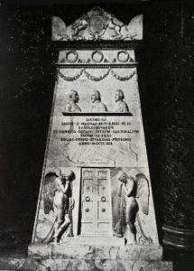Канова. Надгробие трем Стюартам. 1816-1819
