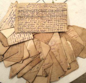 Фото. Письма-треугольники лейтенанта Баловнева А.Е. за 1940-1942 гг