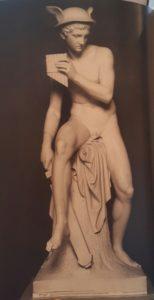 Фиг. 4. Меркурий со свирелью. 1818-1822. Копенгаген, Музей Торвальдсена. Высота 174,5 см