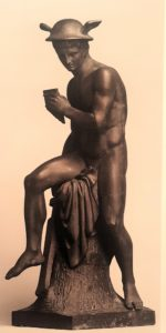 Торвальдсен. Меркурий, победитель Аргуса. Материал - цинк. Высота 72 см. Эрмитаж. Санкт-Петербург