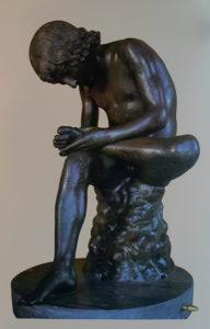 Мальчик, извлекающий занозу (Спинарио). Бронзовая копия греческого оригинала 1 века до н.э. Высота 73 см. Палаццо деи Косерватори. Рим