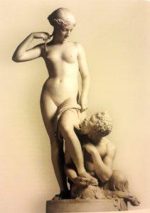 Ставассер. Фавн, разувающий нимфу. 1845. По заказу Николая I переведена в мрамор в 1849. Сейчас находится в Русском музее