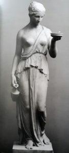 Торвальдсен. Геба. (Первый вариант). 1819-1823. По модели 1806. Копенгаген. Музей Торвальдсена