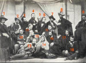 Та же фотография, но с номерами для идентификации сфотографированных