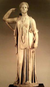 Артемида, пускающая стрелы. 2 век н.э. по оригиналу 360-350 годов до н.э.