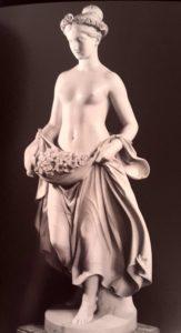 Тенерани. Флора. Мрамор. 1838-1840 по модели 1836 года. Эрмитаж. Петербург. Заказана непосредственно у скульптора будущим Александром II в Риме