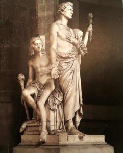 Бартолини. Монумент Леону Батиста Альберти. Вид сбоку