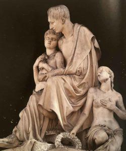 Памятник Н.Н.Демидову. Фрагмент. Николай Никитич с младшим сыном Анатолием