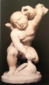 Амур, ухваченный за ухо. Реставрированная древня статуэтка. Палаццо Питти. Флоренция