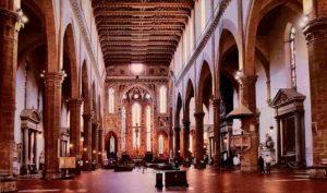 Интерьер базилики Санта-Кроче. Флоренция