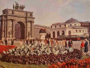 Нарвские Триумфальные ворота. Площадь стачек. Начало 1960-ых.