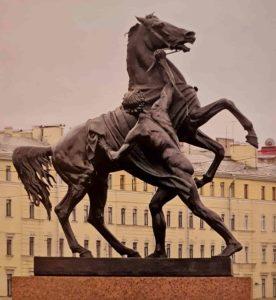 П.К.Клодт. Конь с водничим. Аничков мост. 1841. Вторая группа