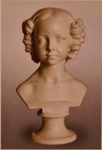 К.Ф.Вихман. Бюст великой княжны Александры Николаевны. 1831. Гипс. Петергоф. Бюст сделан, когда ей было примерно 7 лет