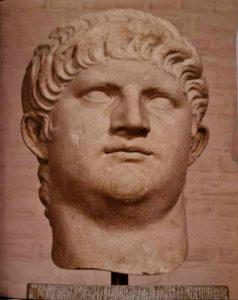 Нерон. 54-68 годы н.э. Когда-то эта голова принадлежала статуе. Мюнхенская глиптотека