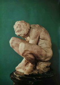 Микеланджело. Скорчившийся мальчик. Около 1524. Государственный Эрмитаж. Санкт-Петербург